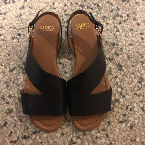 Brand new black sandals!
